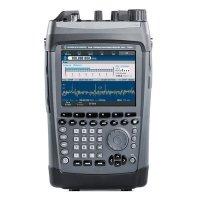Купить Радиоприемное устройство Rohde & Schwarz PR100 в