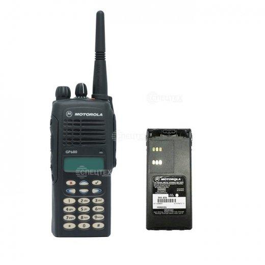 Фото Рация Motorola GP680 (403-470 МГц)